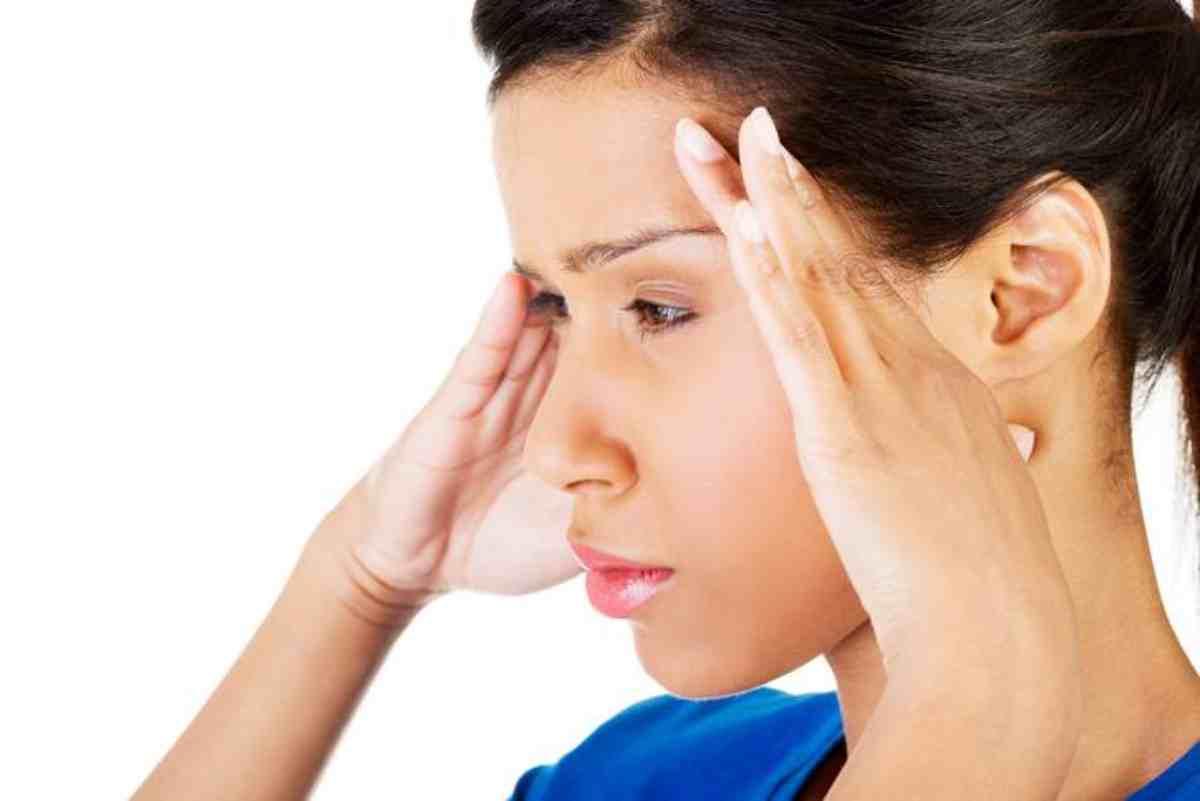 Emicrania: metodi per prevenire e ridurre gli attacchi