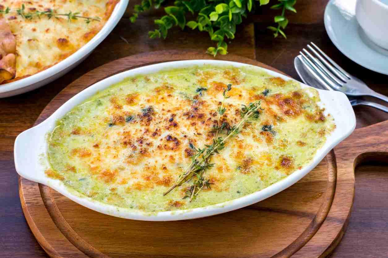 Spinaci al forno gratinati, un contorno gustosissimo per i vostri secondi piatti