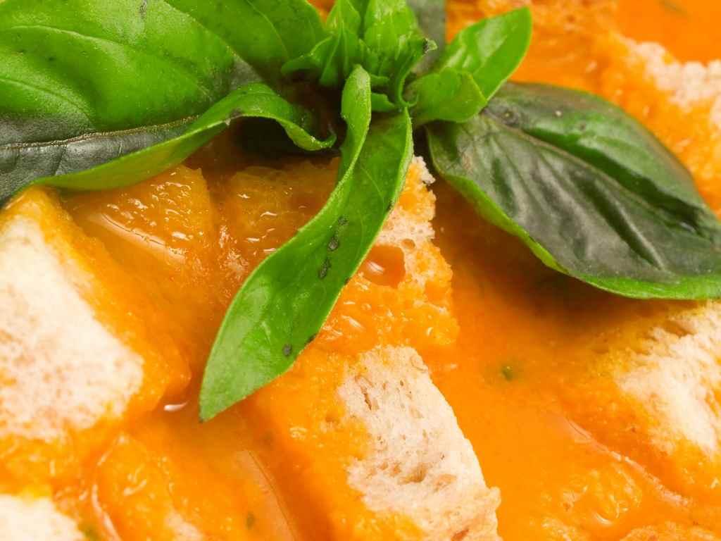 Crema di peperoni, la ricetta semplice per un condimento davvero squisito
