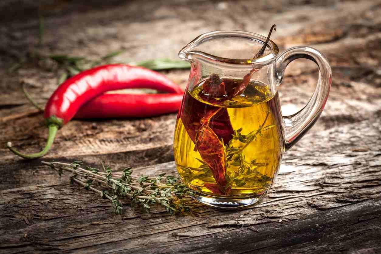 Olio santo super piccante, gustoso e perfetto per tutte le preparazioni