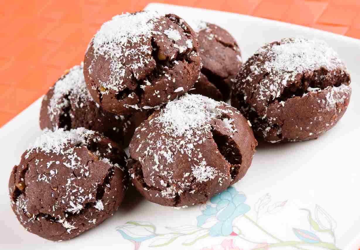 Biscotti di cacao al profumo di cocco, una deliziosa e veloce ricetta
