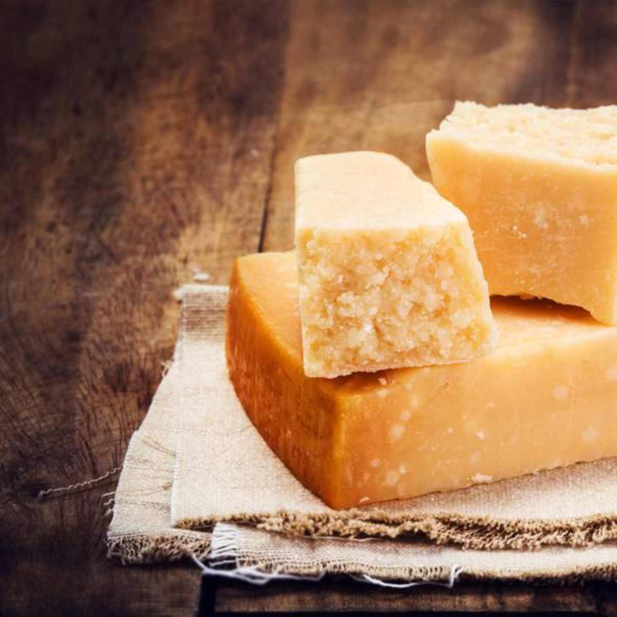 Il Parmigiano Reggiano rischia di diventare francese
