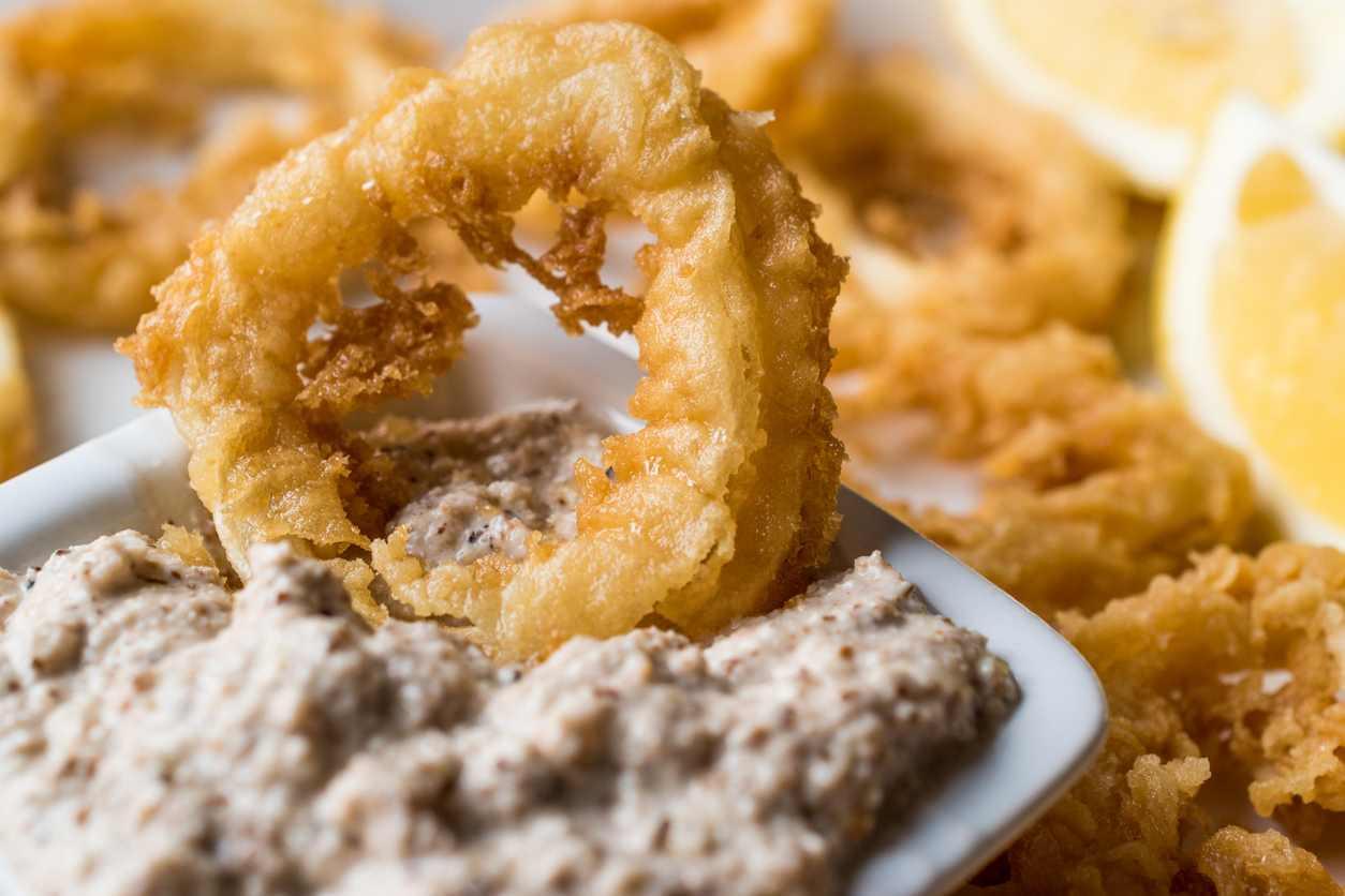 Tempura di calamari, per un fritto di pesce croccante e leggero