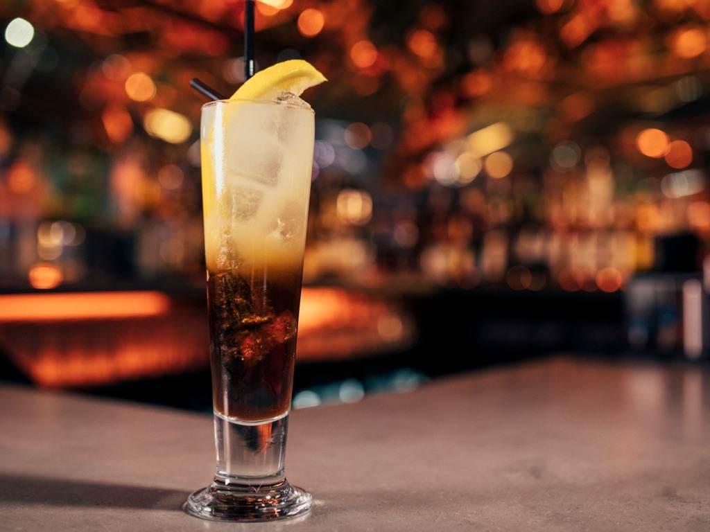 Black russian, la ricetta per il cocktail più amato da tutti