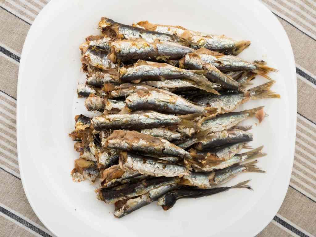 Sarde al forno, un secondo di pesce molto semplice e veloce da preparare