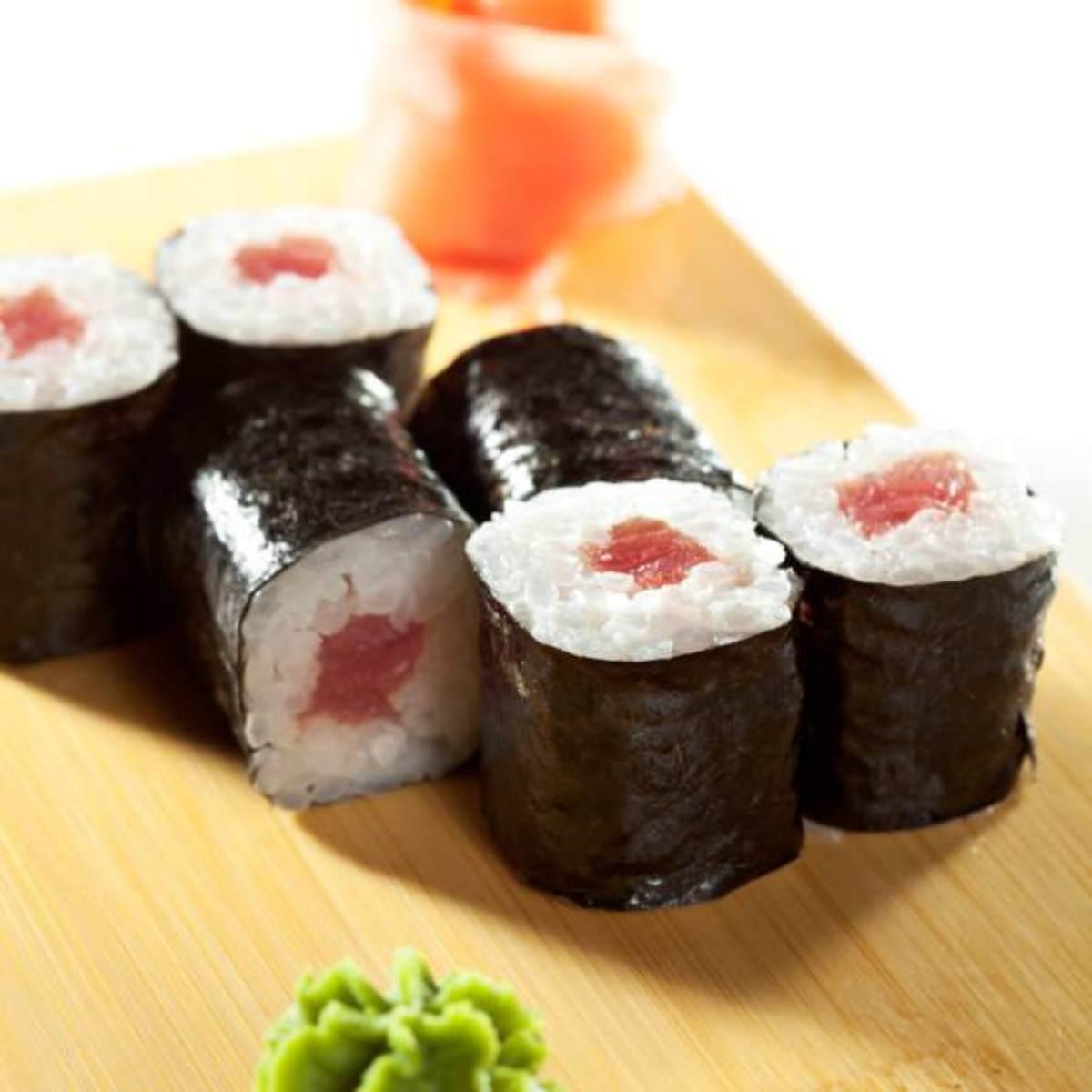 Il sushi è nemico della dieta: fa ingrassare quanto la pizza
