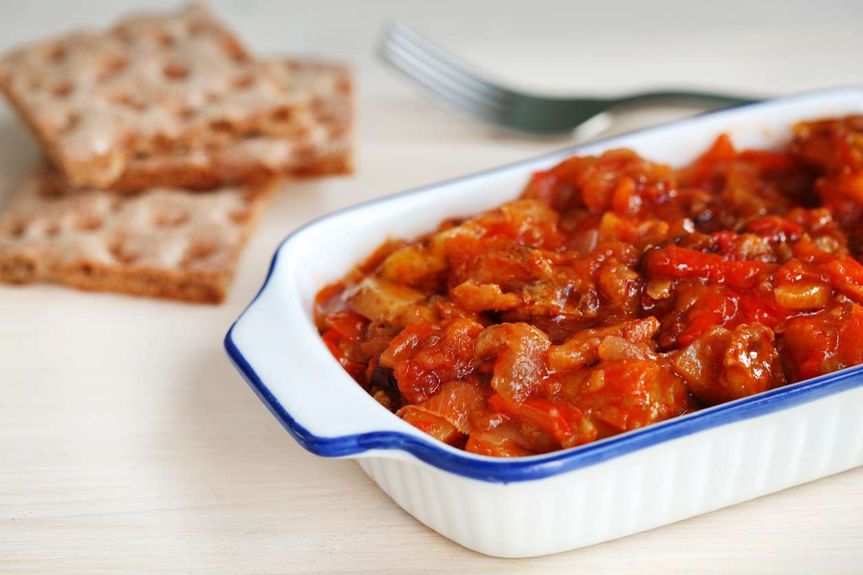 Peperoni impanati al forno, la ricetta per un contorno profumato e ricco