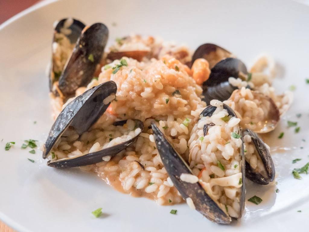 Riso alle cozze, un piatto di mare dal sapore unico e irresistibile