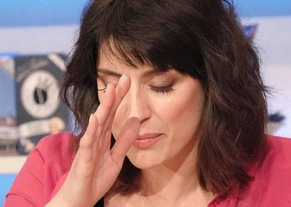 Elisa Isoardi imbarazzo