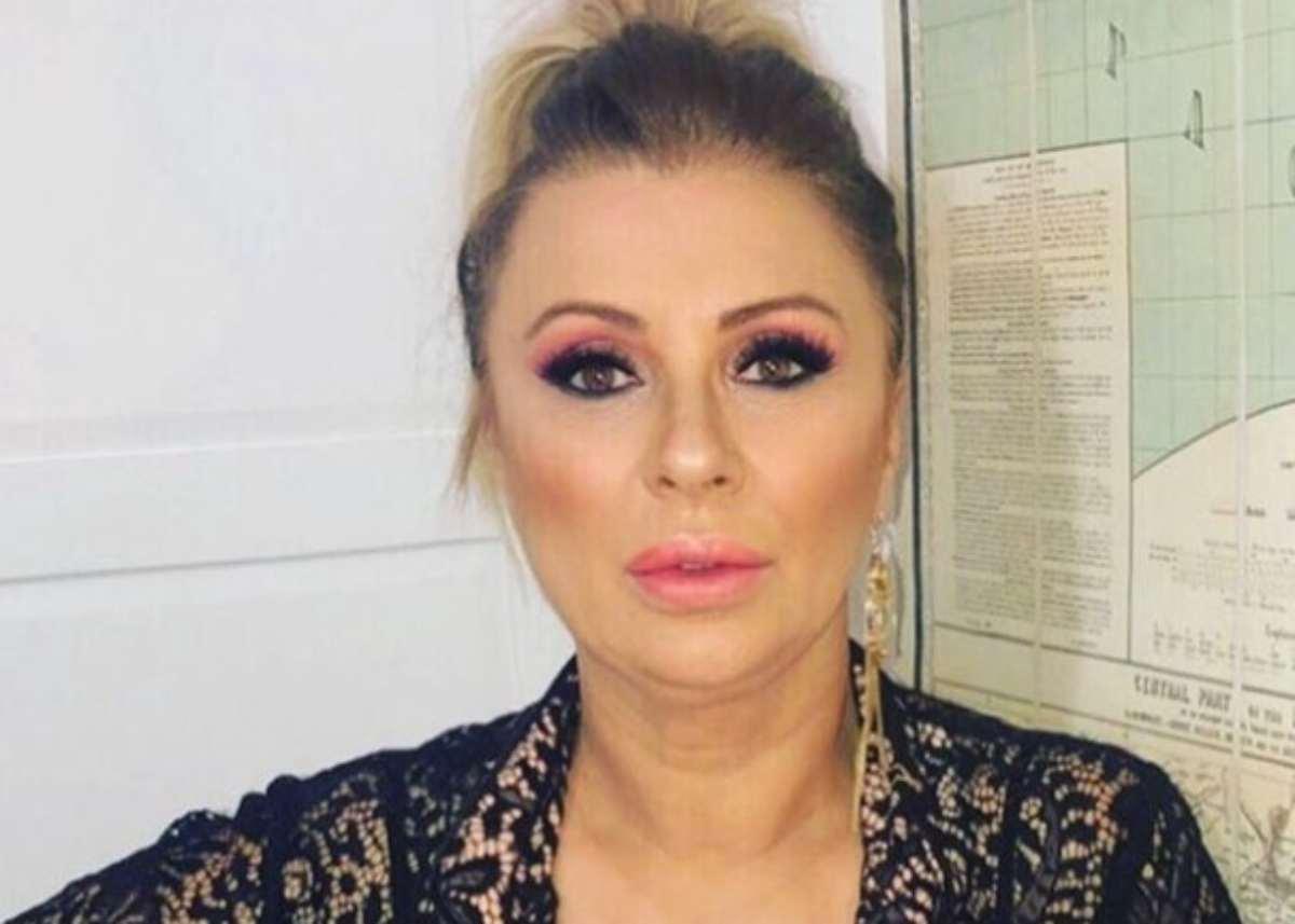Tina Cipollari, la dieta che le ha fatto perdere 3 kg in 10 giorni: cosa non deve mangiare