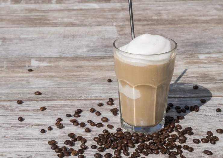Crema fredda al caffè: come prepararla in casa in pochi passaggi
