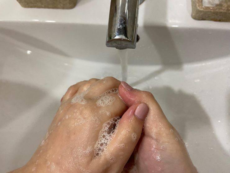 Coronavirus lavarsi le mani