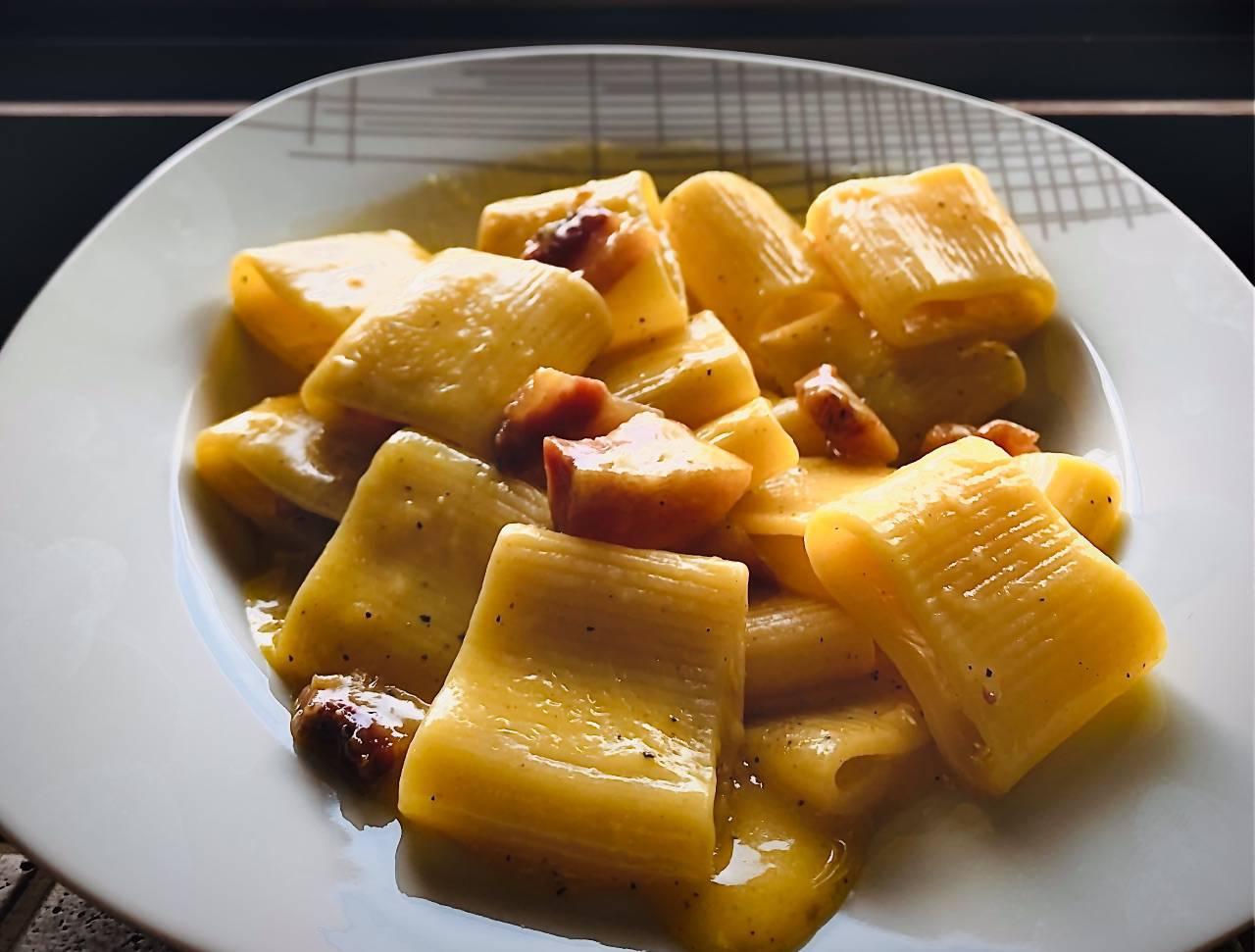 Ricetta carbonara tradizionale: i segreti dello chef del Gambero Rosso