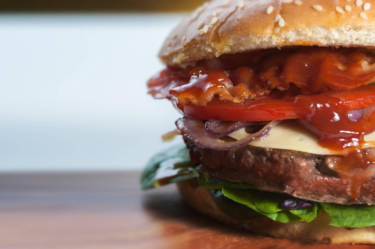 Coronavirus: il noma, ristorante 3 Stelle Michelin, ora farà hamburger