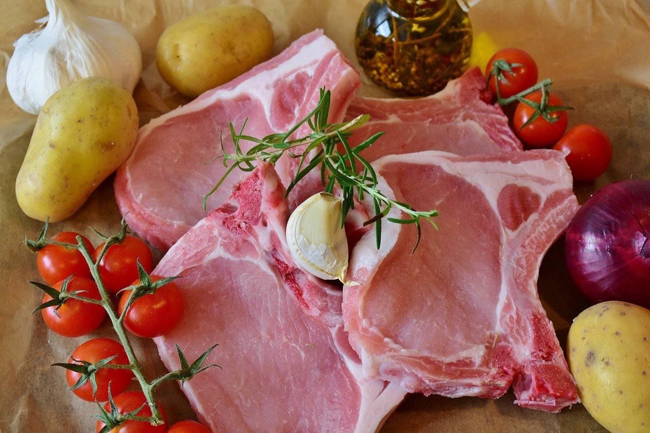 Ricetta braciole di maiale: cucinale come nell'antica Roma