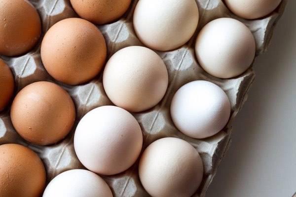 Frittata d'uova, l'errore da evitare assolutamente durante la cottura