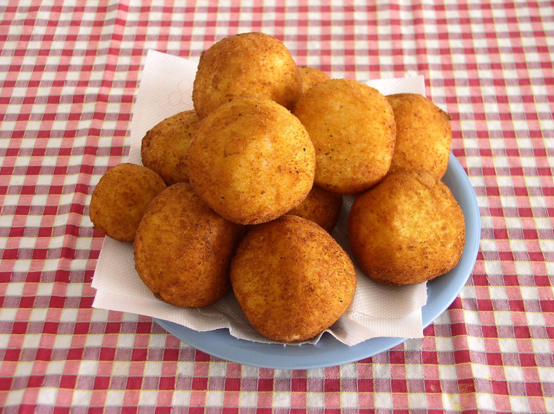 Palline con fiocchi di patate, la ricetta gustosa pronta in pochissimi minuti