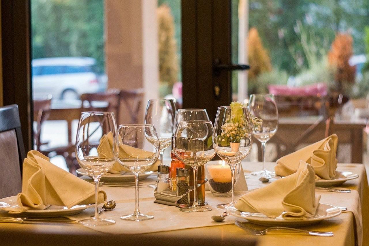 Riapertura ristoranti stellati: ci sono le date dei 3 Stelle Michelin
