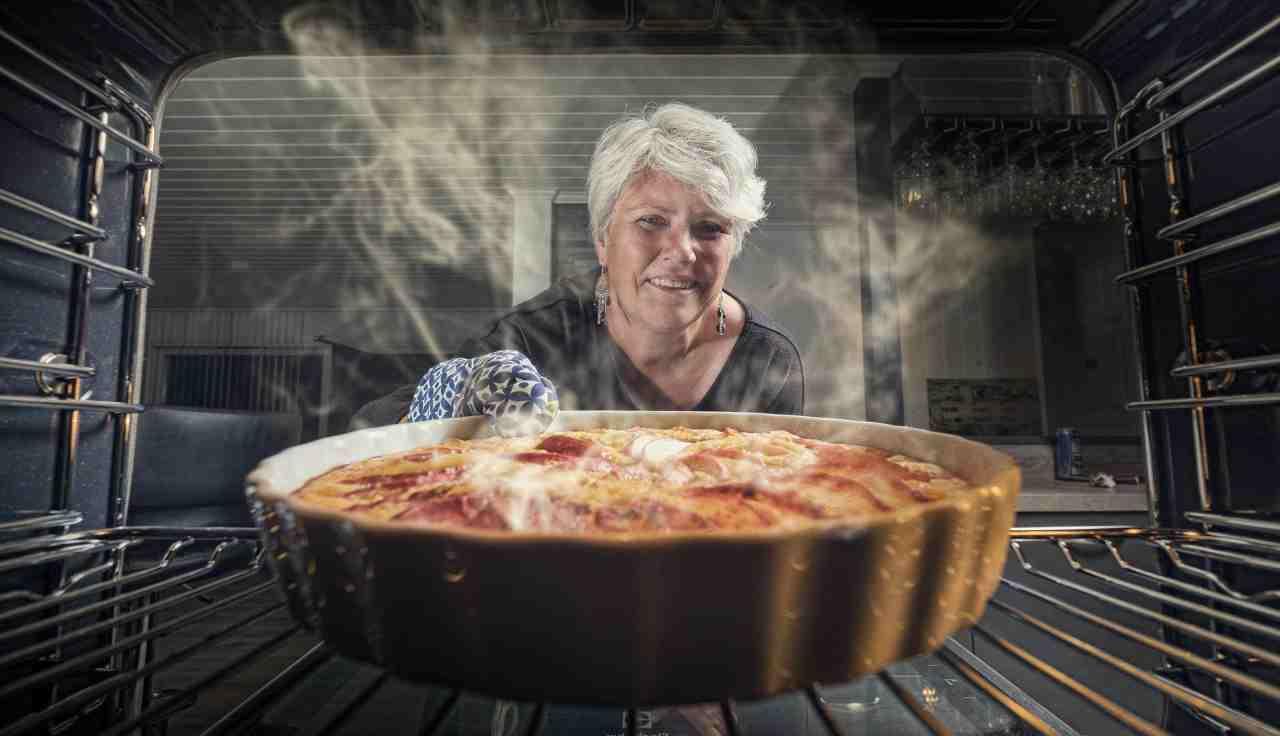 Pulizia del forno:con questi ingredienti naturali sarà facile sgrassarlo