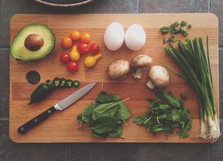 tagliare verdura