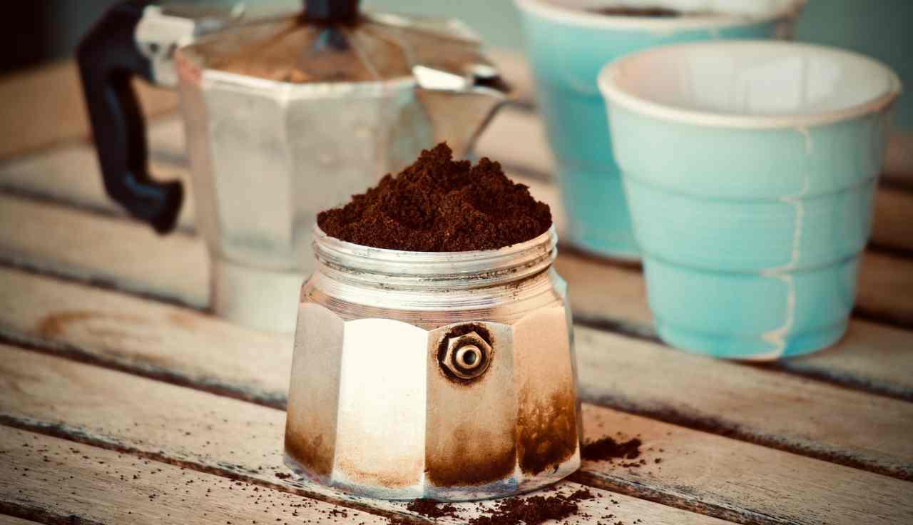 Caffè in moka: il trucchetto per esaltarne il sapore con un ingrediente speciale