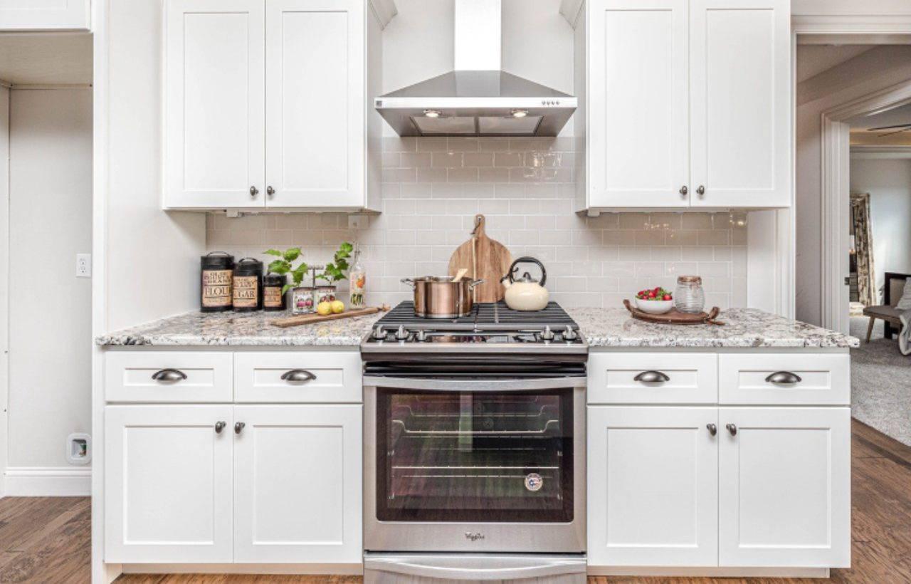 Sapete a cosa serve il vano sotto il forno? Non lo immaginereste mai!