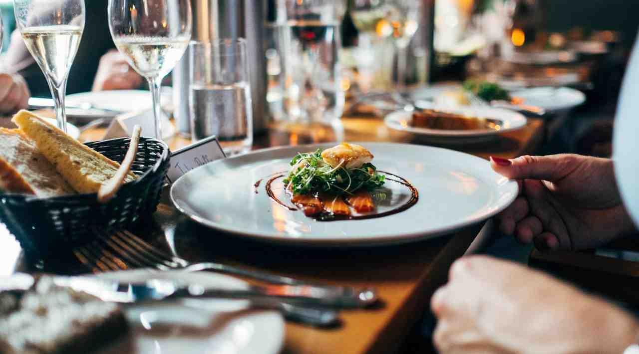 Salmone in crosta, la panatura perfetta: come farla in modo infallibile