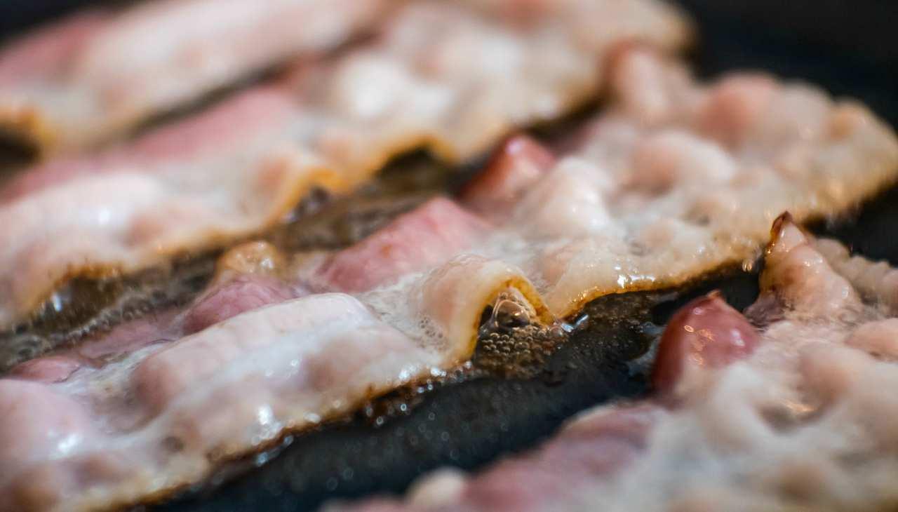 Bacon vegetariano: la ricetta facile e divertente pronta in soli 5 minuti