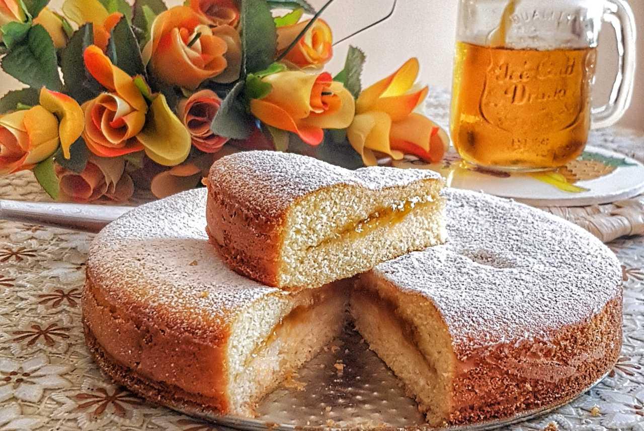 la Torta 'Versata' ed il metodo che la fa uscire dal forno già farcita!