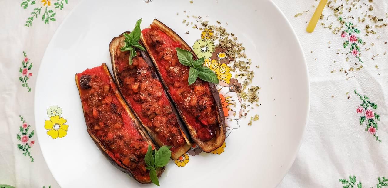 Melanzane a 'scarpone' : la ricetta napoletana che vi farà leccare i baffi