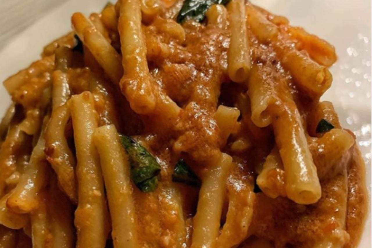 Ziti alla lardiata, veloci e gustosi: la ricetta che mette tutti d'accordo
