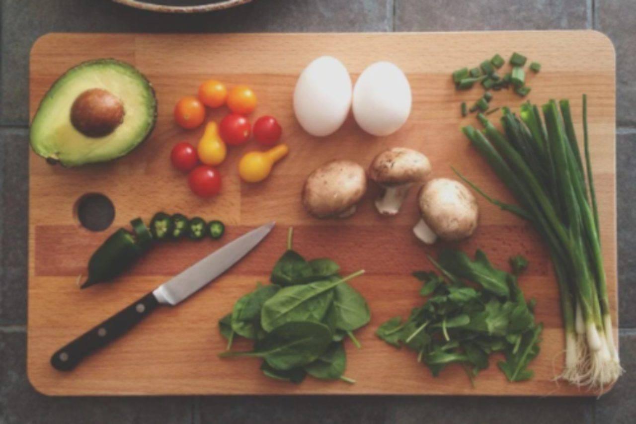 Dado vegetale sempre pronto e a portata di mano: come prepararlo in casa