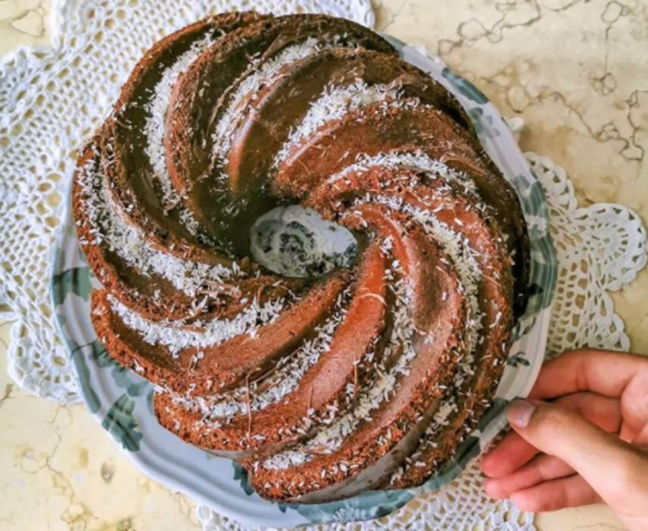 Ciambella al cacao: aggiungi questo ingrediente per renderla soffice