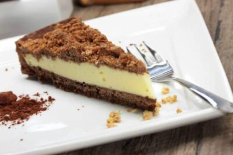 Crostata 'furba' senza cottura: il dessert veloce pronto in 15 minuti