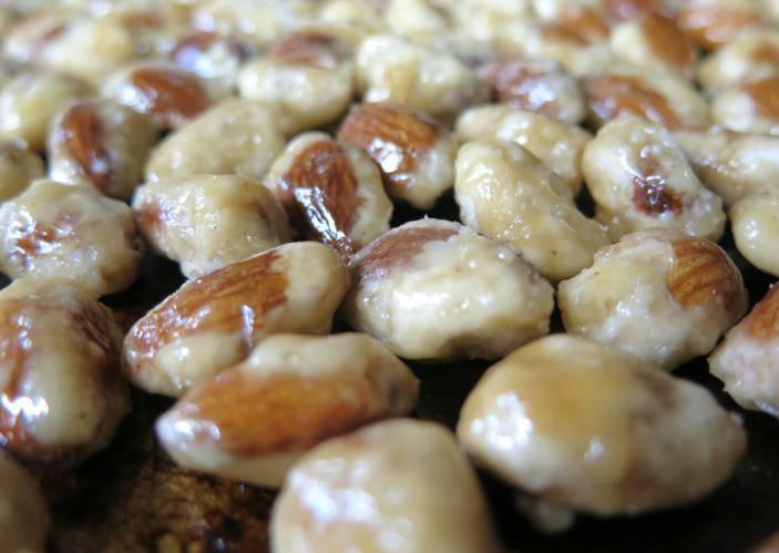 mandorle pralinate ricetta