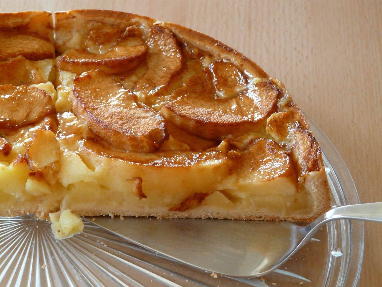 Torta di mele: unisci così gli ingredienti e sarà incredibilmente golosa(Fonte foto: Pixabay)