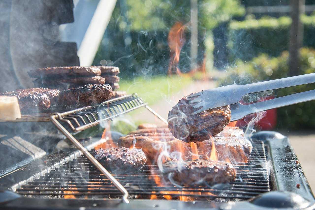 barbecue pulire griglia