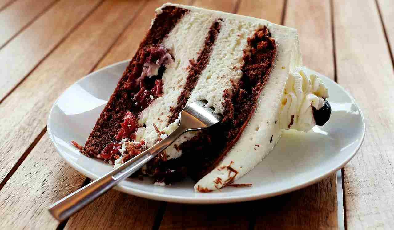 farcire torta, tecnica