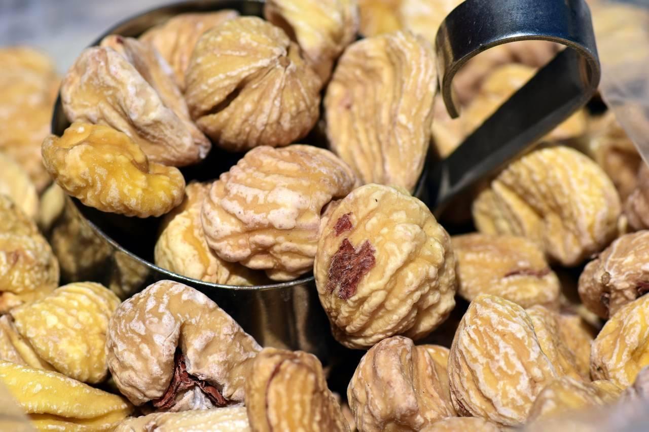 Castagne secche: il trucchetto per conservarle al meglio e gustarle durante l'inverno (Fonte foto: Pixabay)