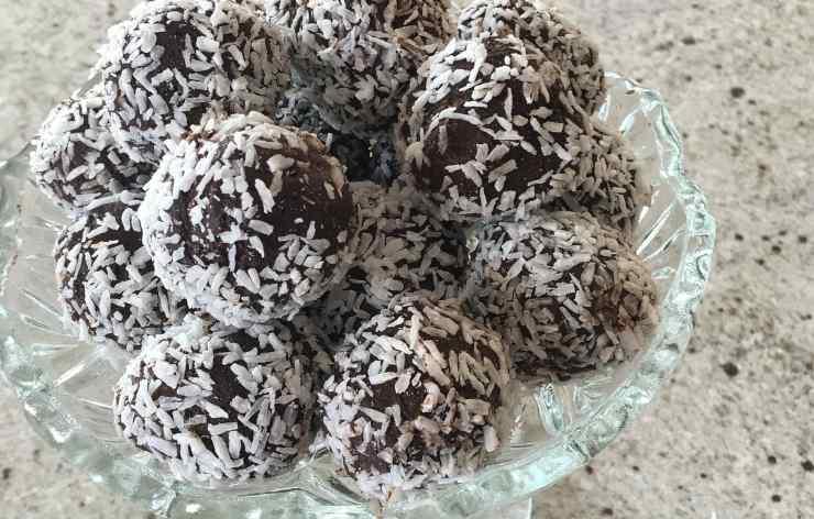 Palline cioccolato senza cottura