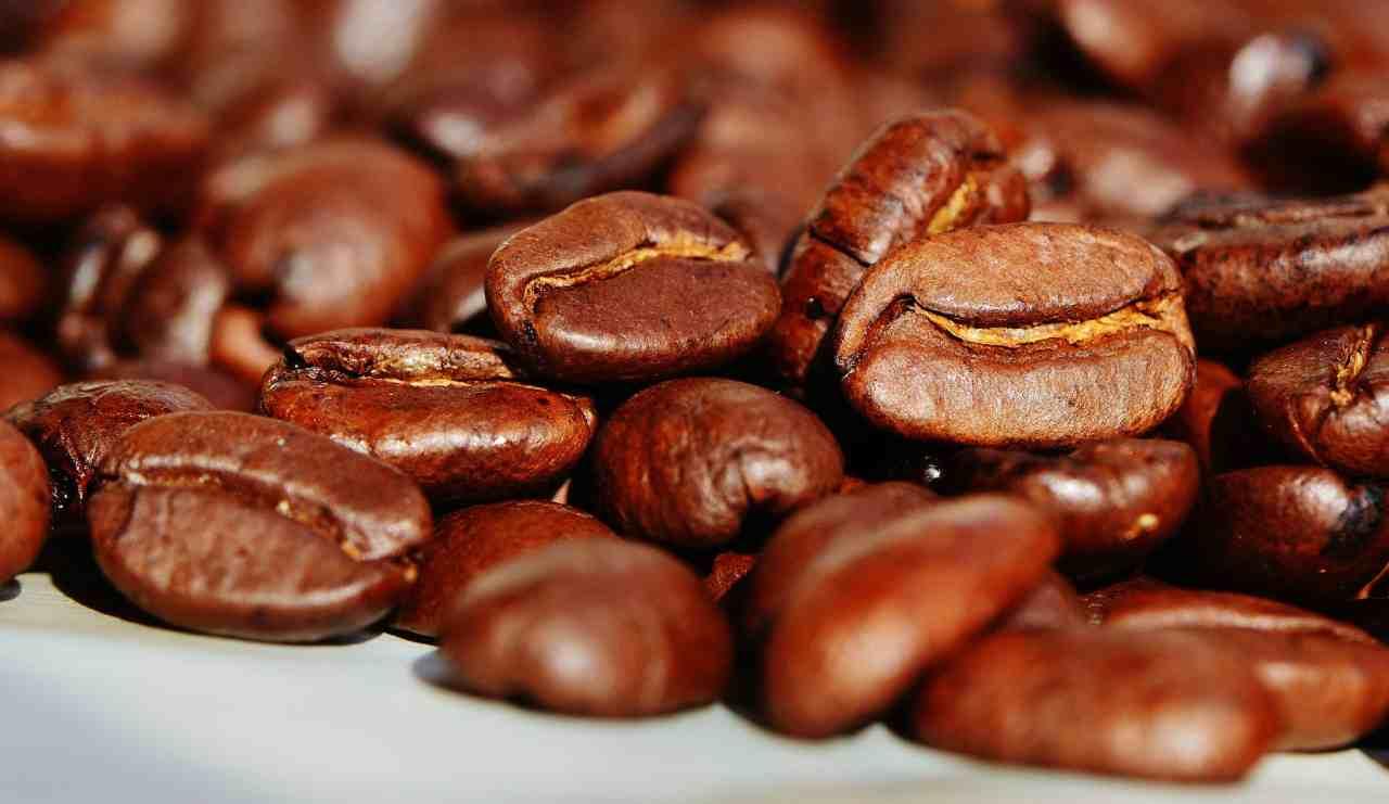 Caffè e falsi miti: vi hanno sempre fatto pensare in maniera errata!