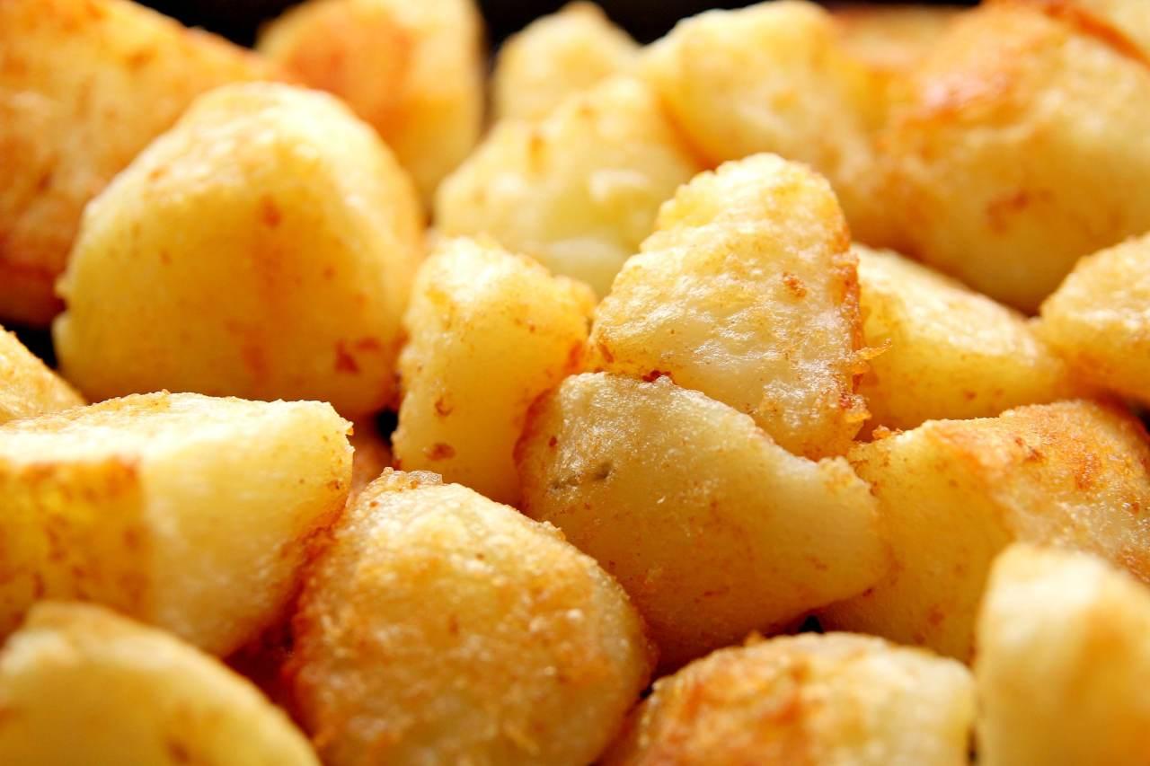 Patate al forno: aggiungi questo ingrediente e le renderai super croccanti (Fonte foto: Pixabay)
