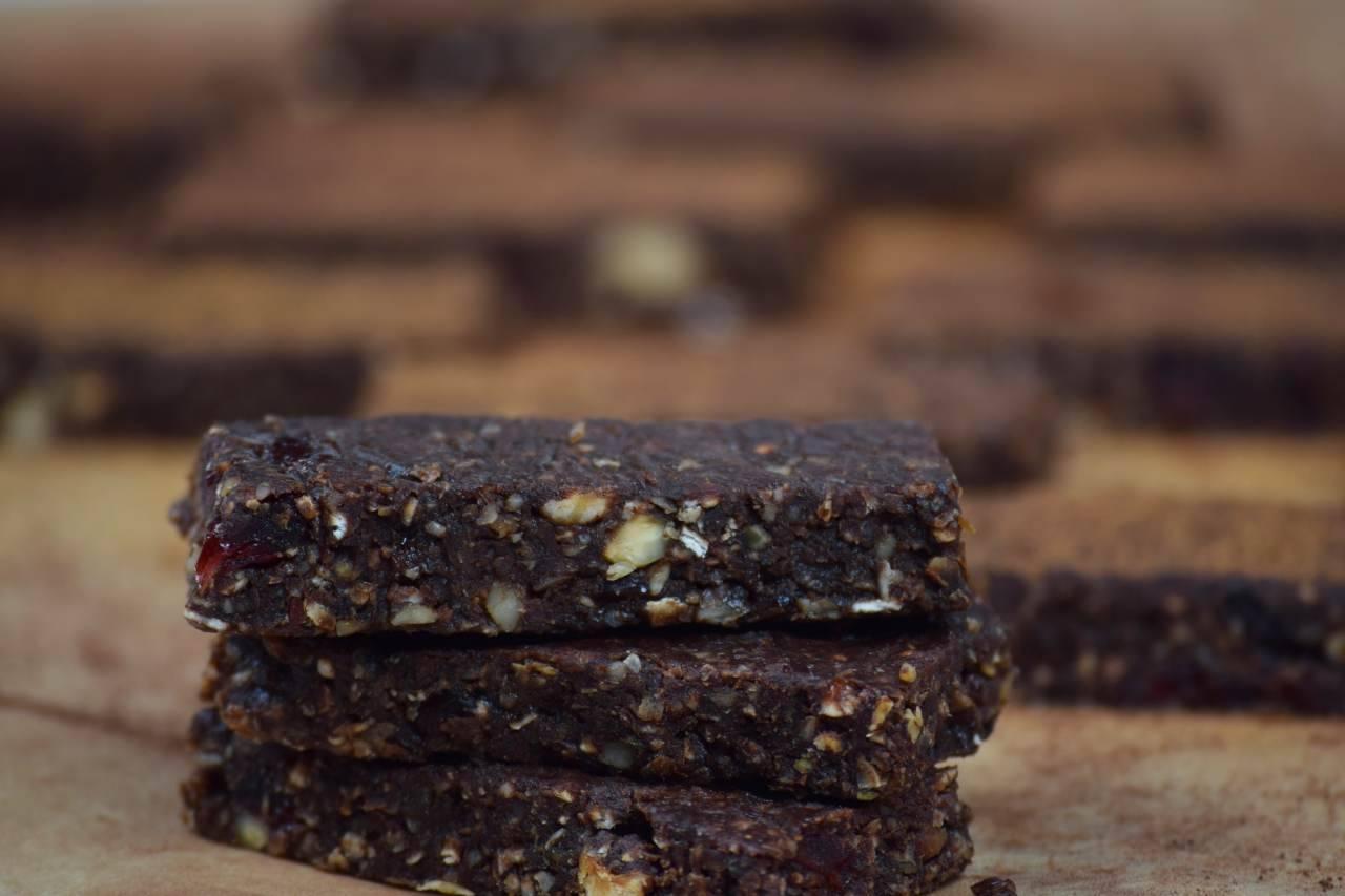 Barrette al cioccolato senza cottura: la ricetta veloce pronta in 5 minuti