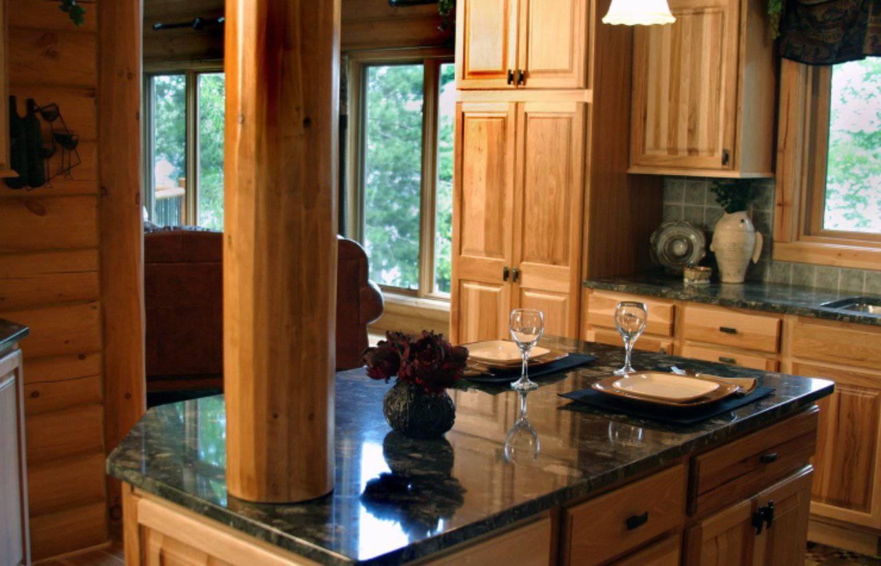 Come lucidare al meglio il legno: la soluzione è in cucina, non lo immaginereste mai!