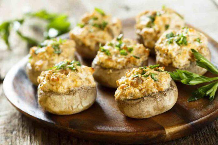 Funghi ripieni: il secondo piatto super gustoso pronto in 20 minuti