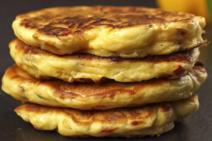 Pancake alla mela: la ricetta velocissima e super economica