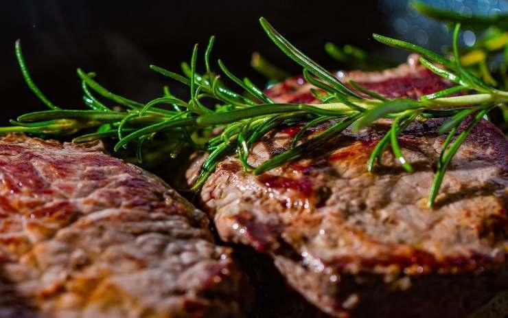 Cena ricca proteine bistecca