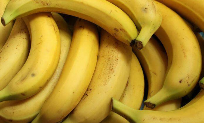 mangiare la banana
