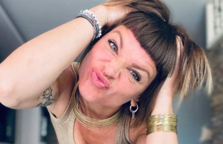 Alessandra Amoroso invito cena Aiello foto