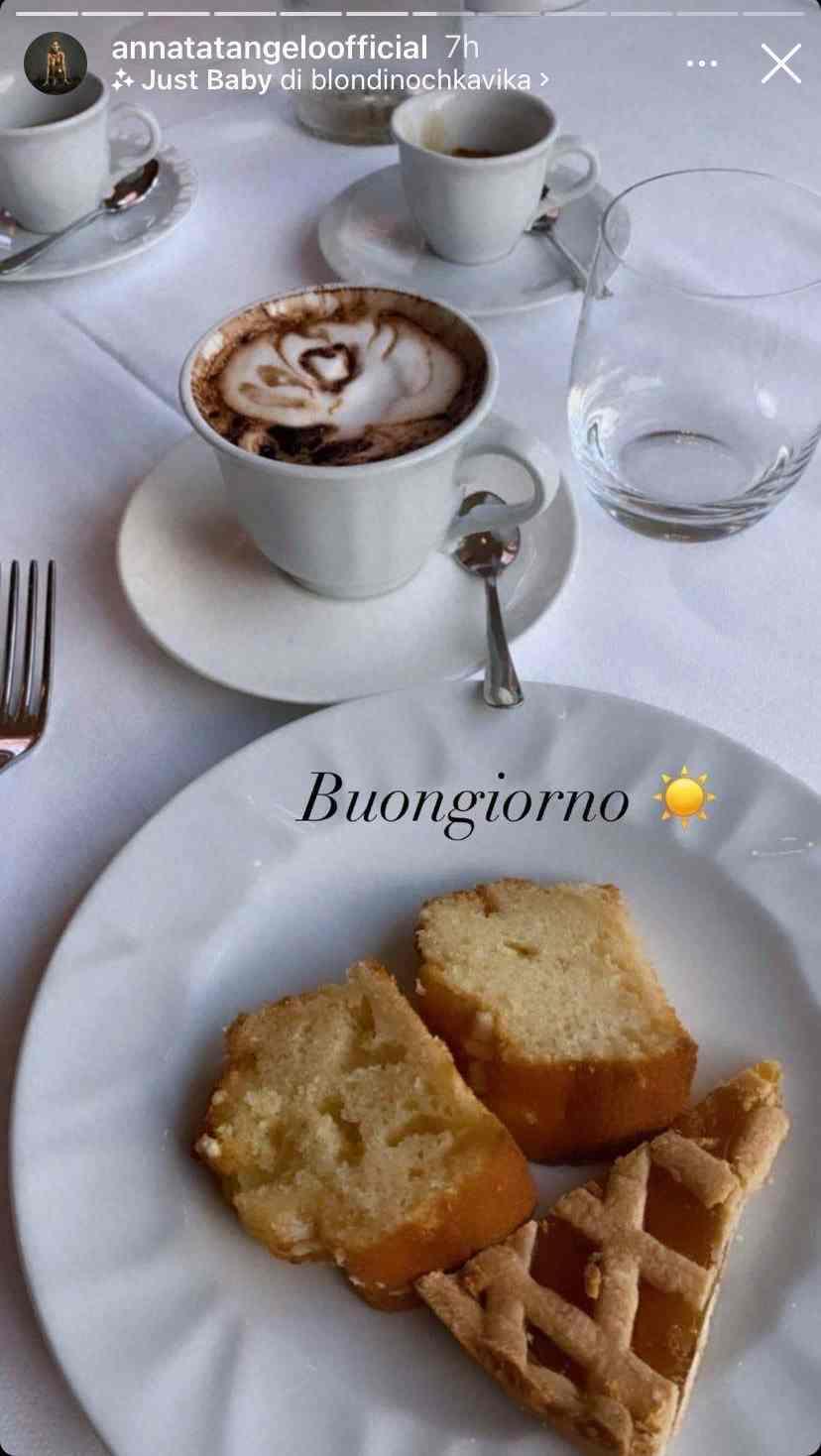 Colazione Anna Tatangelo - storie di Instagram